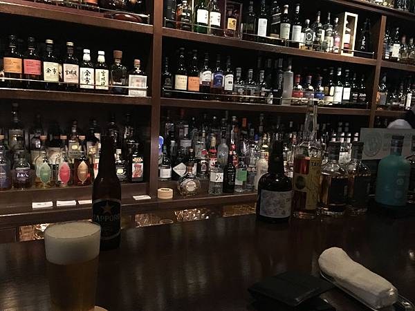 Annie Hall Bar