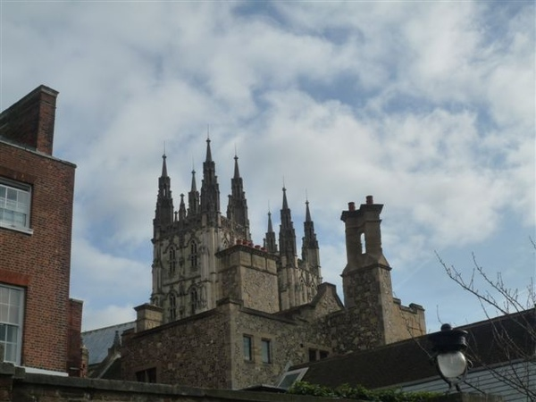 再拍拍Cathedral 這樣才算有來過Canterbury