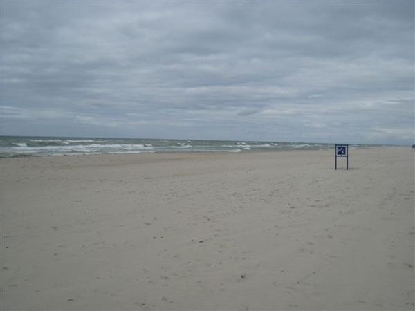 到了 九十八公里的白沙海岸 波羅的海!!!!!