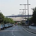 住的旅館外面可以看到FC巴塞隆納的主場館