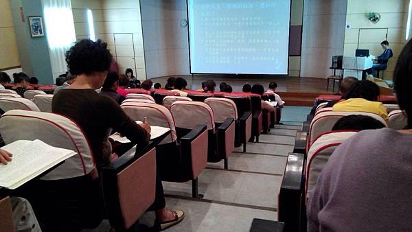 1006卓蘭實驗高中讀書會照片 1