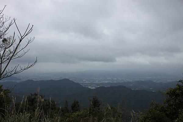0219聖母環山步道六寮崙山 (18)