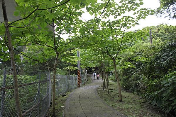 0429淡蘭古道接烏塗窟步道 (12)
