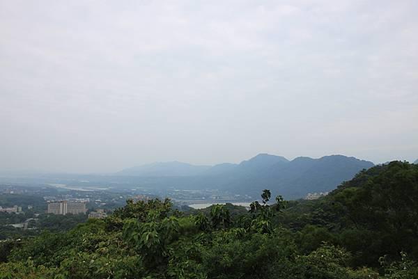 0930小粗坑古道上石門山頂 (48)