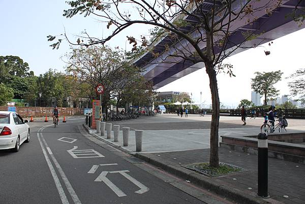 0224新店溪畔騎單車 (1)