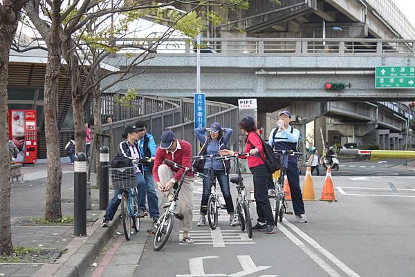 0224新店溪畔騎單車 (2)