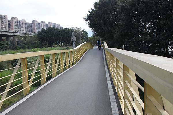 0224新店溪畔騎單車 (6)