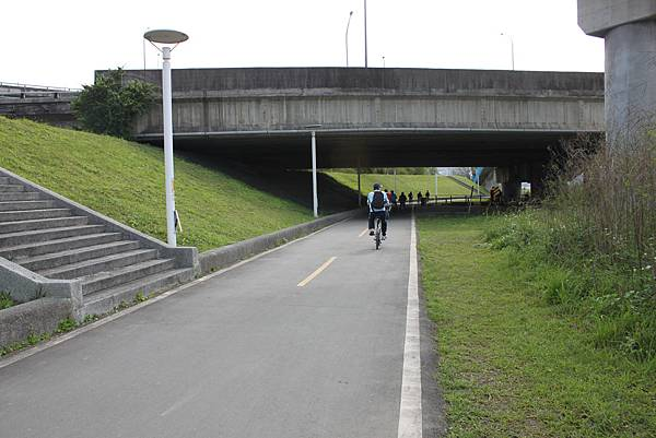 0224新店溪畔騎單車 (7)