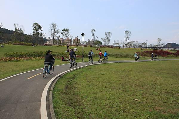 0224新店溪畔騎單車 (37)