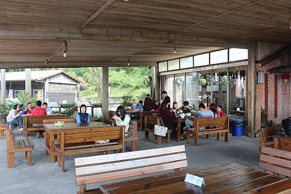 0228雲洞山莊出關古道東段 (6).JPG