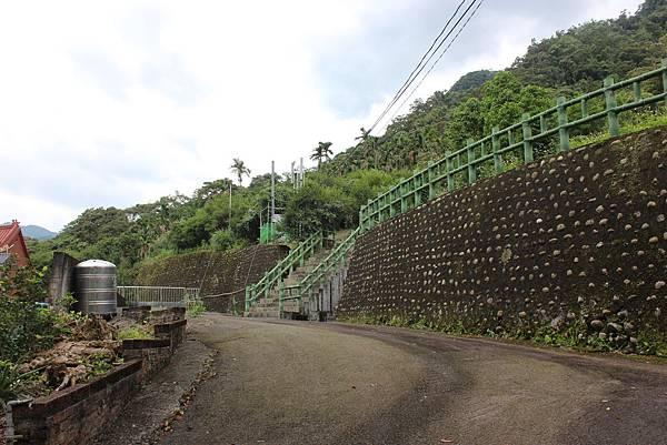 IMG_0518三峽麒麟山 (4).JPG