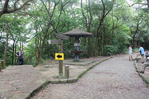 0525獅頭山翠山步道碧溪步道及大崙尾山 (22).JPG