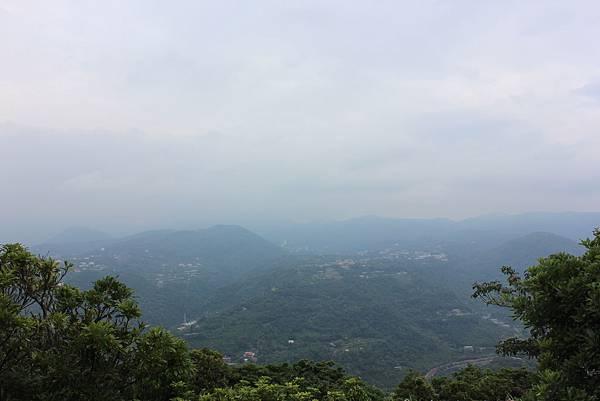 0525獅頭山翠山步道碧溪步道及大崙尾山 (32).JPG