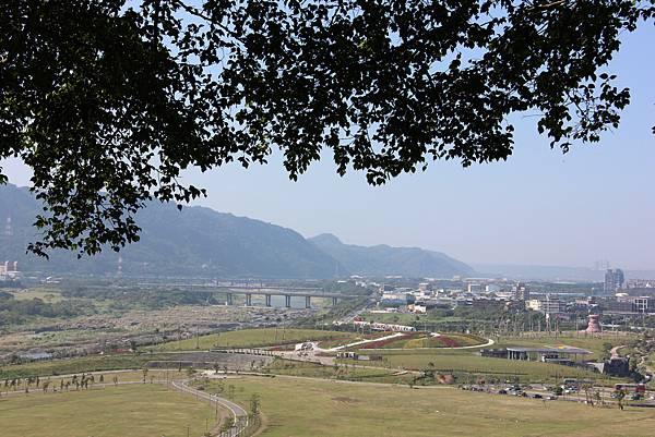 1018鶯歌石步道 (17).JPG