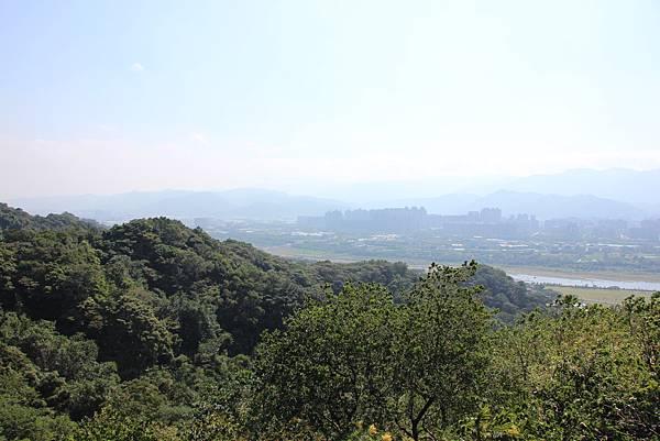 1018鶯歌石步道 (28).JPG
