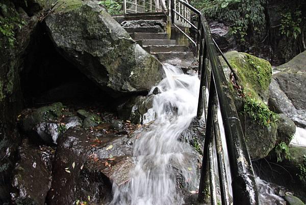 1102青山瀑布 (25).JPG