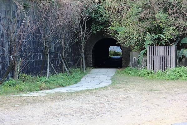 0110金瓜石無耳茶壺山 (12).JPG