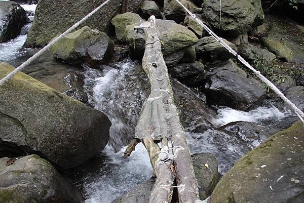 0207三峽雲森瀑布 (24).JPG