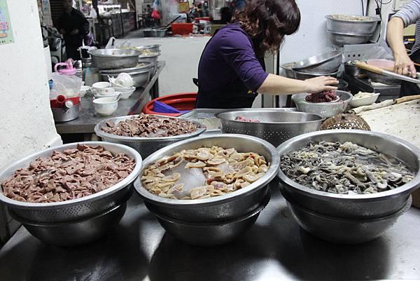0217嘉義市東市場王家牛肉湯 (4).JPG