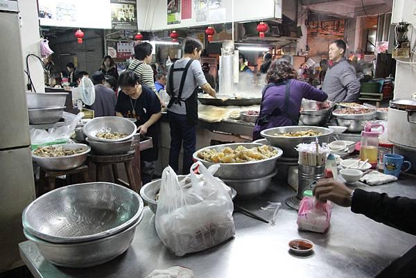 0217嘉義市東市場王家牛肉湯 (6).JPG
