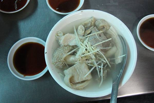 0217嘉義市東市場王家牛肉湯 (9).JPG