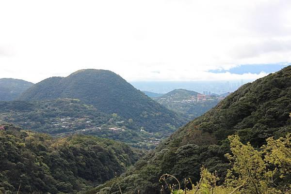 0308竹仔湖上中正山 (23).JPG