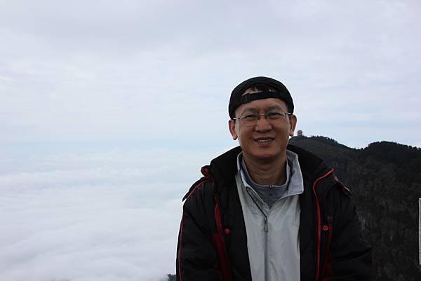 0519四川峨嵋山金頂雲海 (34).JPG