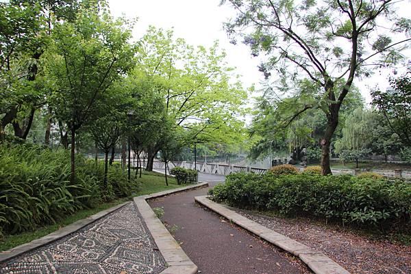 0517成都送仙橋琴臺路一帶街景 (8).JPG