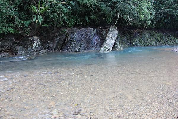 1025金瓜寮溪步道 (68).JPG
