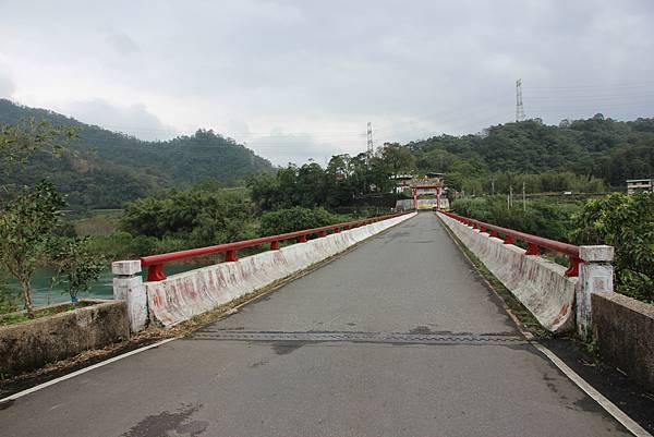 1025金瓜寮溪步道 (104).JPG