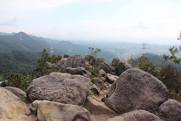 1114剪刀石山 (42).JPG