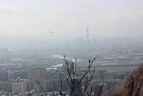 1114剪刀石山 (45).JPG