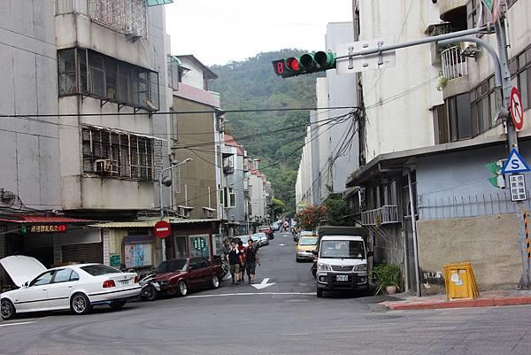 1114剪刀石山 (88).JPG