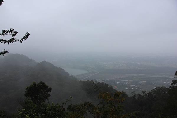 1226大芁芎古道上溪州山  (39).JPG