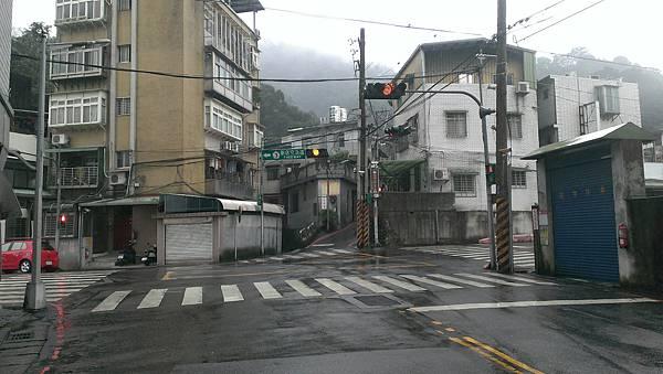 0103新店小獅頭山 (25).jpg