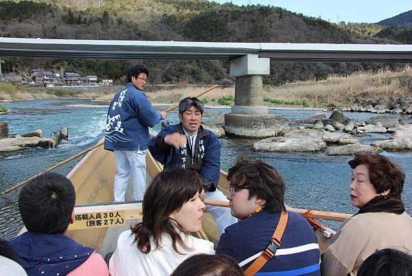 0326京都嵐山瑳峨野觀光火車、保津川遊船 (41).JPG