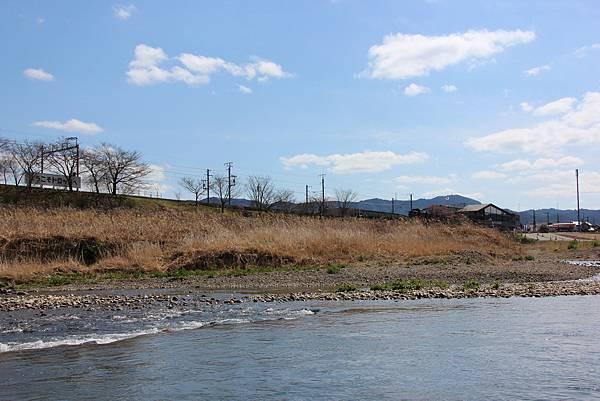 0326京都嵐山瑳峨野觀光火車、保津川遊船 (44).JPG