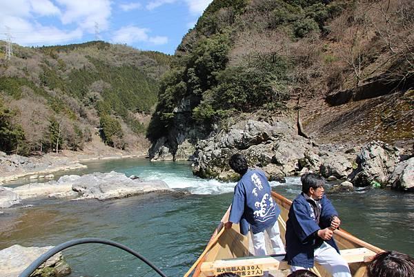 0326京都嵐山瑳峨野觀光火車、保津川遊船 (54).JPG