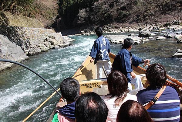 0326京都嵐山瑳峨野觀光火車、保津川遊船 (61).JPG