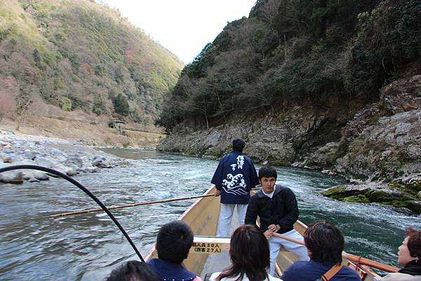 0326京都嵐山瑳峨野觀光火車、保津川遊船 (84).JPG