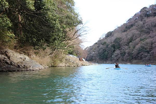 0326京都嵐山瑳峨野觀光火車、保津川遊船 (93).JPG