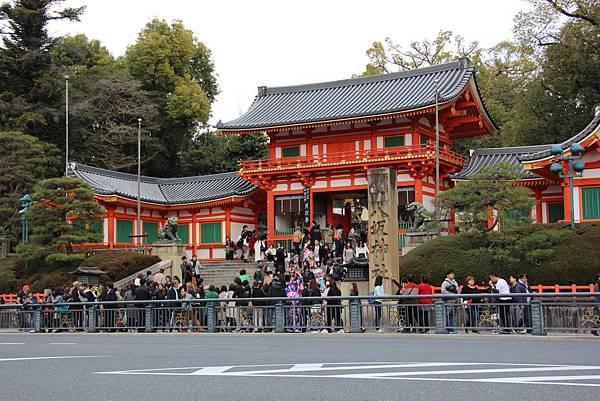 0327京都八阪神社、花見小路 (1).JPG