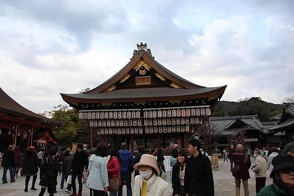0327京都八阪神社、花見小路 (3).JPG