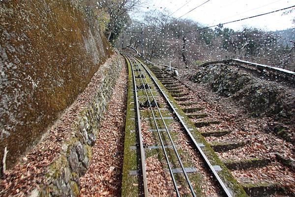 0328京都比叡山電纜車 (11).JPG