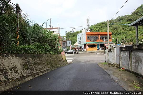0520草嶺山、石龜坑產業路 (3).JPG