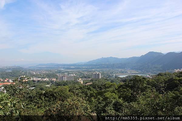 1210石門山 (8).JPG