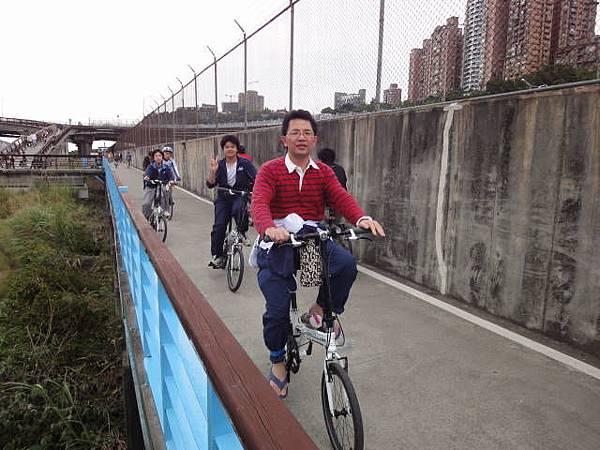 990417小獅頭山二重騎車聚餐 (8).JPG