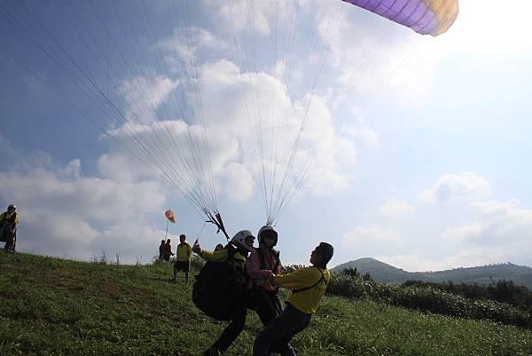 1000529富士古道北基飛行傘 (53).JPG