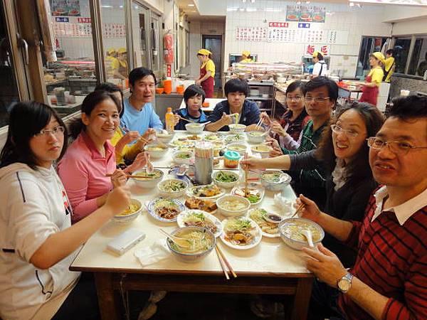 990417小獅頭山二重騎車聚餐 (11).JPG