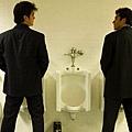男廁遇見-圖.jpg